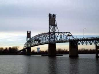 {Burlington Bristol Bridge}