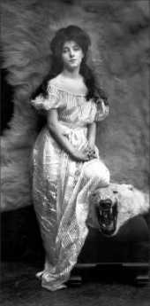 {Evelyn Nesbit}