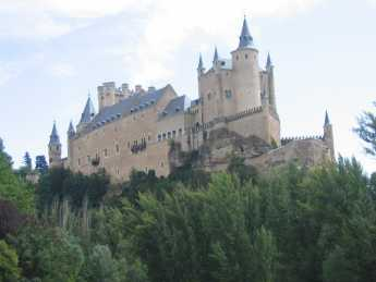 {castle of Ferdinand and Isabella}